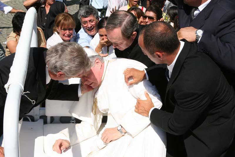 Complot para matar al Papa: El atentado (1986)